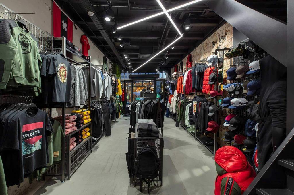 in-amsterdam-we-trust-store-deur-overzicht-uitgelicht-atom-retail-oplossingen-innovaties-voor-winkelervaringen-2